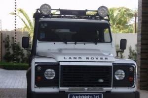Land Rover Defender 90 2012