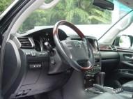 Lexus LX 570 2011
