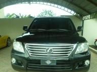 Lexus LX2011