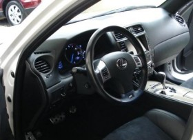 Lexus IS F2011