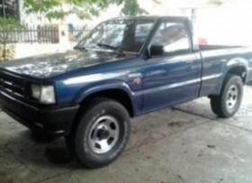 MAZDA 4X4 1988 ST AC PW