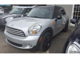 MINI COOPER COUNTRYMAN -2013 -31K MILLAS
