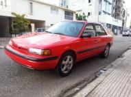 Mazda 323 1996 como nuevo
