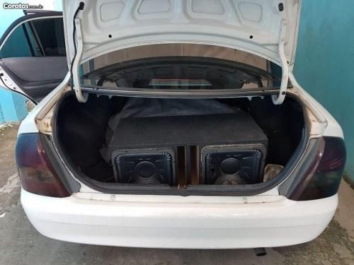 Mazda 323 Mecanico