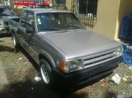 Mazda B2000 1987