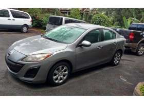 Mazda 3 std 2011 32000 millas 7995