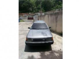 Mazda 323 del 89
