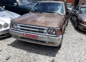 Mazda B 2000 87