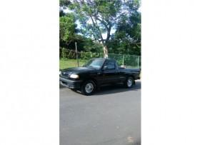 Mazda b2500 año 20003500