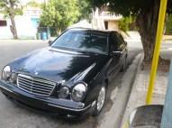 Mercedes Benz E320 2000