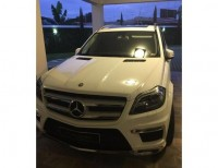 Mercedes Benz GL400