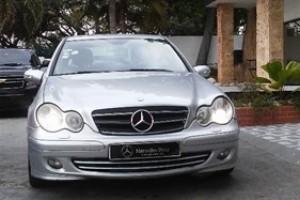Mercedes-Benz Clase C 230 2006