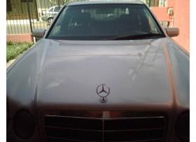 Mercedes Benz 80mil REMATO En excelente estado