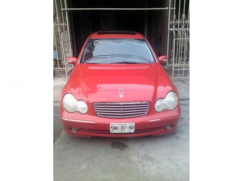 Mercedes Benz C200 Kompressor Avantgarde 2002 Rojo