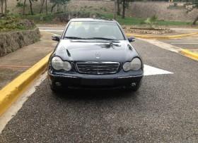 Mercedes Benz C320 2002