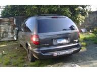 Minivan Chrysler 2003