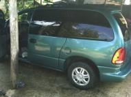 Minivan Dodge Caravan 98