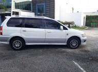 Mitsubishi Chariot excelentes condiciones