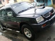 Mitsubishi L200 2005
