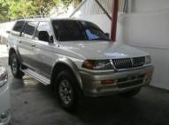 Mitsubishi Montero LS 1999