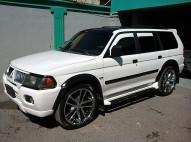 Mitsubishi Montero Sport  2002 blanco