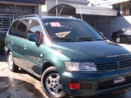 Mitsubishi Space Wagon  2003