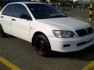 Mitsubishi lancer 2003 color blanco