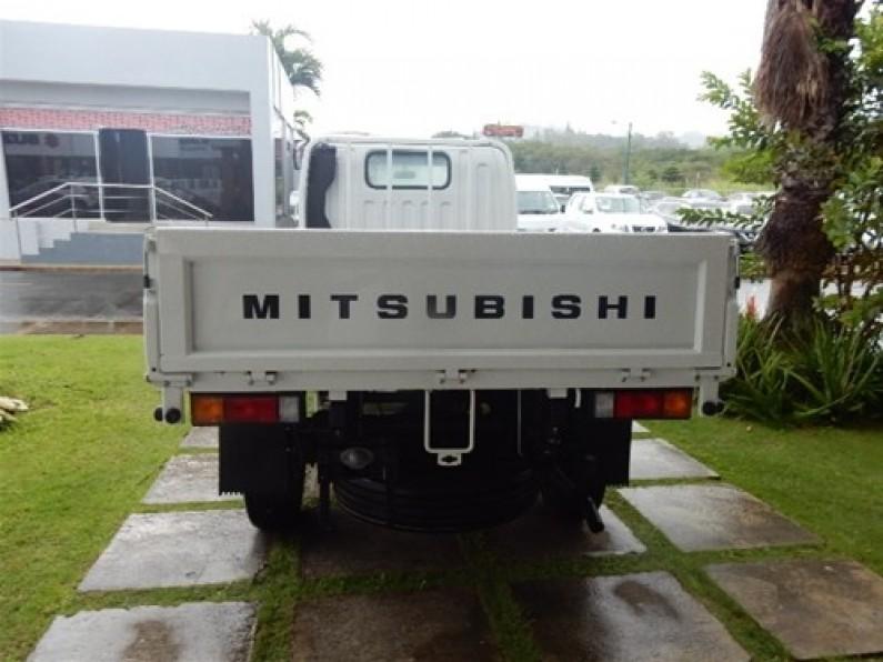 Mitsubishi Canter Chassis 10 pies 2017