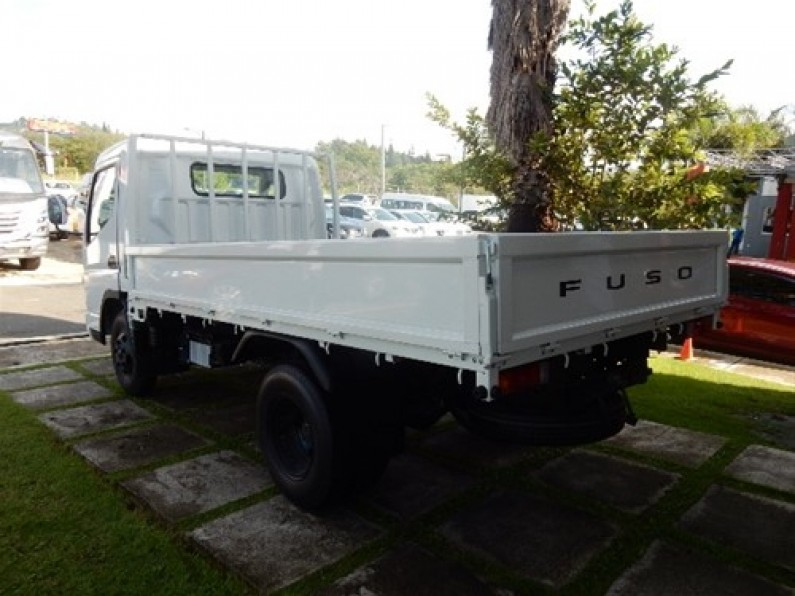 Mitsubishi Canter Chassis 12 pies 2017
