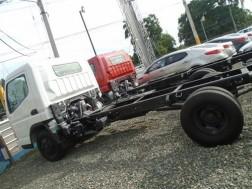Mitsubishi Canter Chassis 14 pies 2018