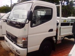 Mitsubishi Canter Chassis 14 pies 2018