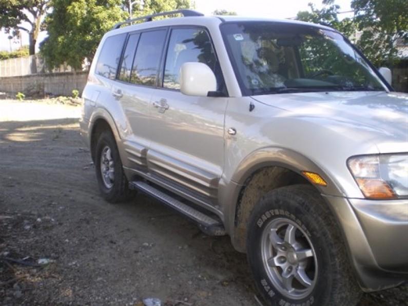 Mitsubishi Montero 2002