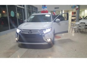 Mitsubishi Outlander 2017 Varios Colores AT