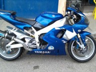 Motora R1