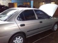 NISSAN SENTRA 2002 DORADO