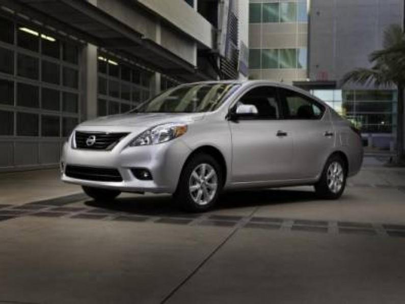 Nissan Versa Advance Aut Modelo 2014