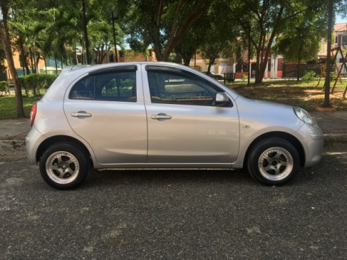 NIssan March 2011 Full Package