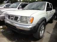 Nissan Frontier LE 2000