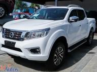 Nissan Frontier LE 2018 blanca