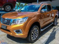 Nissan Frontier LE 2018 dorada