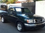 Nissan Frontier SE 2000
