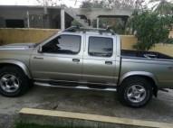 Nissan Frontier año 2000
