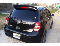 Nissan March 2012 Negra