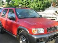 Nissan Pathfinder  2000