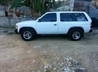 Nissan Pathfinder 1992 pero sana gas y gasolina 140000 negociable