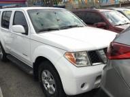 Nissan Pathfinder 2005 Blanca 4x4 Full Nueva