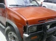 Nissan Pathfinder 4x4 90 Diesel nitida en 100