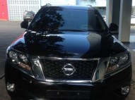 Nissan Pathfinder Limited 2015