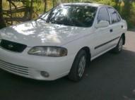 Nissan Sentra 2002 Blanco como nuevo