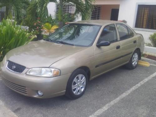 Nissan Sentra B15 Año 2002 Rd$16700000